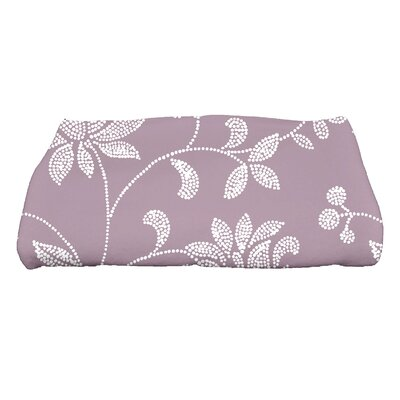Cecilia Traditional Floral Bath Towel Color: Lavender