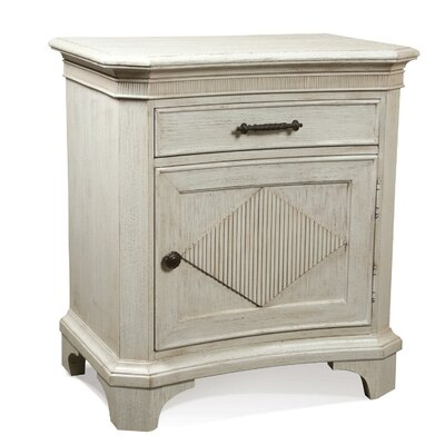 Turenne 1 Drawer Bachelors Chest