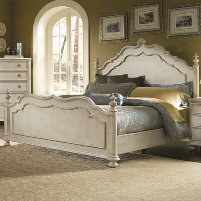 Mariana Platform Bed Size: King