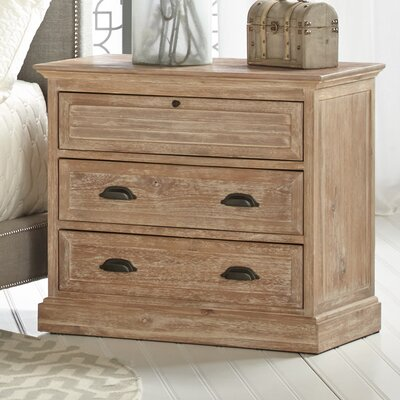 Parfondeval 3 Drawer Bachelors Chest