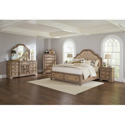 George Upholstered Platform Bed Size: King