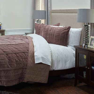 Ormiston Quilt Size: Queen