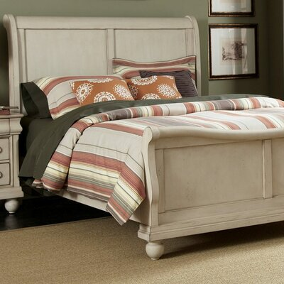 Sophie Sleigh Bed Size: Queen