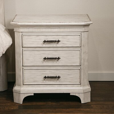 Turenne 3 Drawer Bachelors Chest