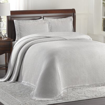Beverly Hills Bedspread Color: Grey/White, Size: King