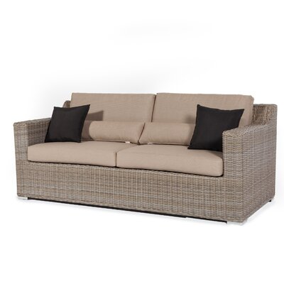 Reedsport Sofa With Cushion