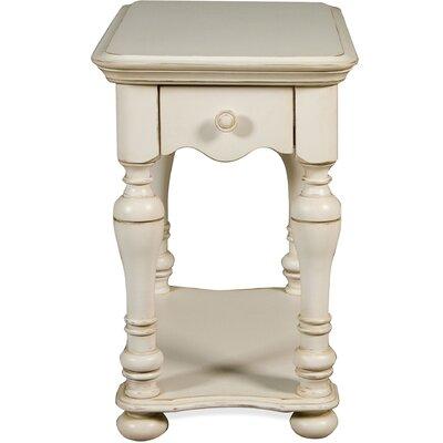 Vassar Chairside Table