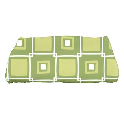Square Geometric Print Bath Towel Color: Green