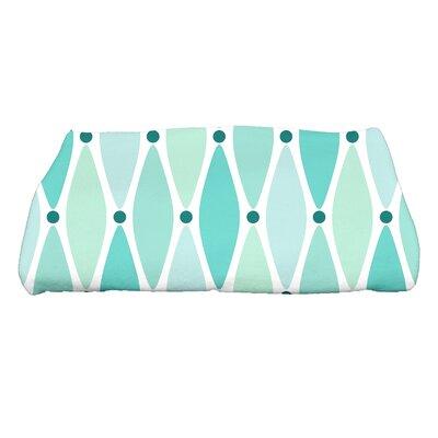 Wavy Geometric Print Bath Towel Color: Aqua