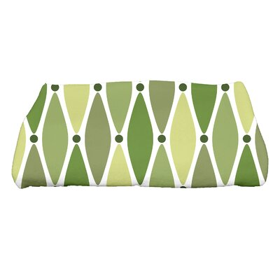 Rocio Wavy Geometric Print Bath Towel Color: Green