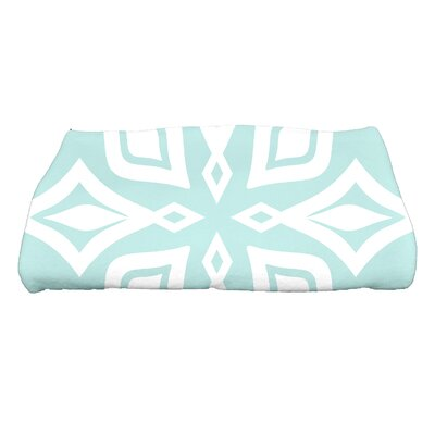 Boubacar Beach Star Geometric Print Bath Towel Color: Aqua