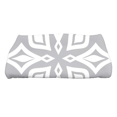 Boubacar Beach Star Geometric Print Bath Towel Color: Gray
