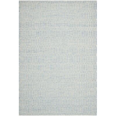 Georgiana Light Blue Floral Rug Rug Size: 4 x 6