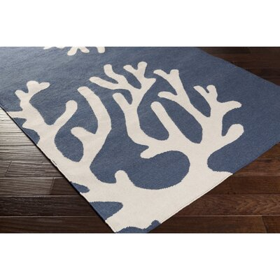 Wiscon Hand-Woven Blue Indoor/Outdoor Area Rug Rug Size: 4 x 6