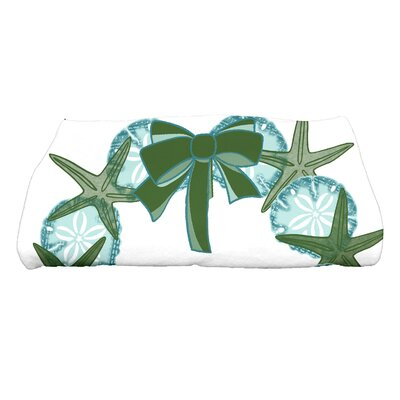 Gwendolen SS Wreath Bath Towel Color: Green