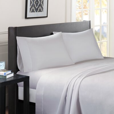 Calderwood Solid Sheet Set Size: King, Color: Ivory