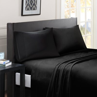 Calderwood Solid Sheet Set Size: Full, Color: Black