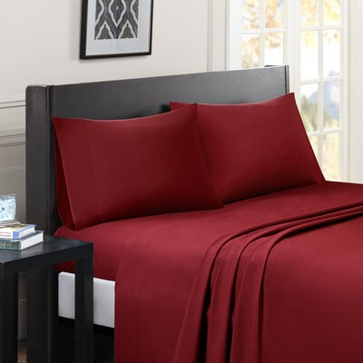 Calderwood Solid Sheet Set Size: California King, Color: Red