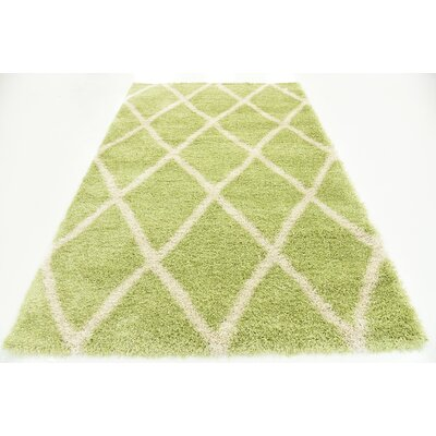 Southampton Light Green Area Rug Rug Size: 5 x 8
