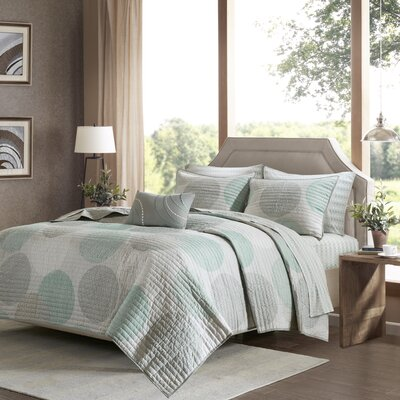 Beachcrest Home Waveside Complete Coverlet and Cotton Sheet Set SEHO8981 33256840