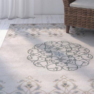 Hobart Hand-Tufted Ivory/Gray Area Rug Rug Size: 5 x 8