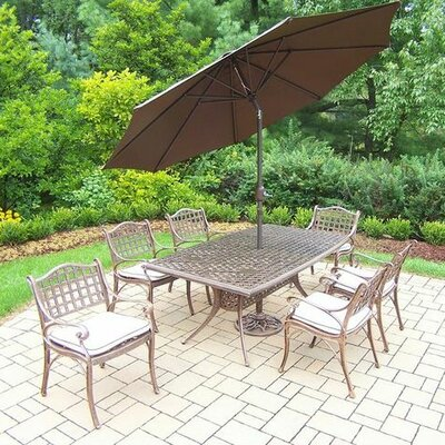 Thelma 7 Piece Dining Set with Cushions Umbrella Color: Brown, Cushion Color: Oak Meal