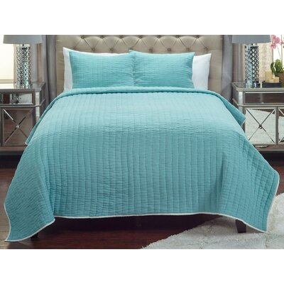 Sorrell Quilt Size: King