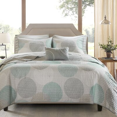 Waveside Coverlet Set Size: California King, Color: Aqua