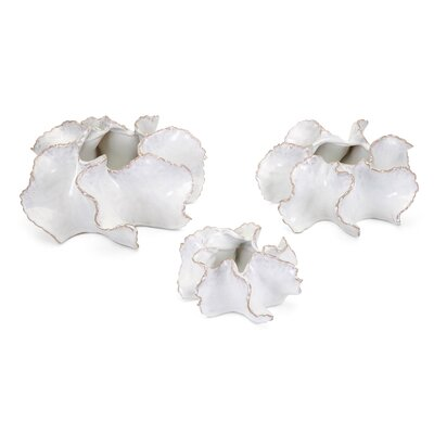 Shelled Petals 3 Piece Wall Vase Set