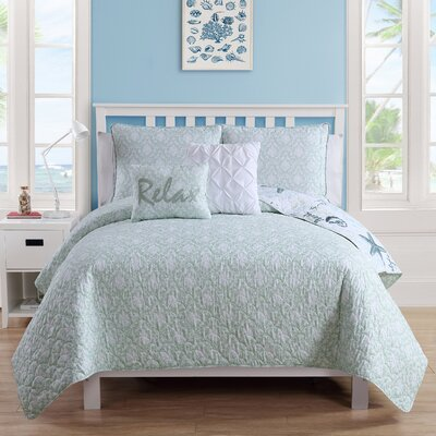Sneads Reversible Quilt Set Size: Twin/Twin XL Quilt   1 Sham   2 Throw Pillows