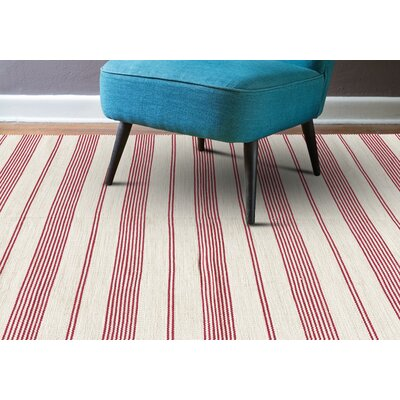 Alicea Hand-Woven Fuchisa Area Rug Rug Size: Rectangle 4 x 6