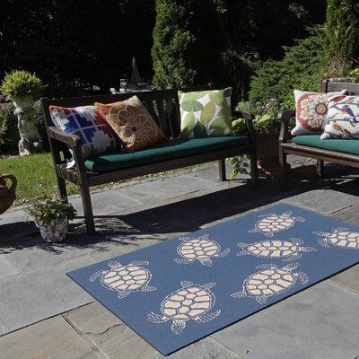 Roselawn Seaturtle Navy/Beige Indoor/Outdoor Area Rug Rug Size: Round 710