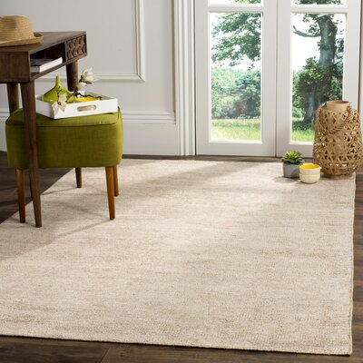 Farnhurst Hand-Knotted Beige Area Rug Rug Size: 4 x 6