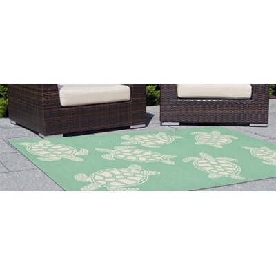 Claycomb Turtle Hand-Tufted Green Indoor/Outdoor Area Rug