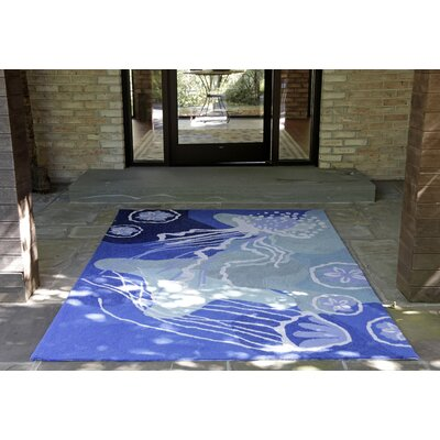 Claycomb Jelly Fish Hand-Tufted Blue Indoor/Outdoor Area Rug