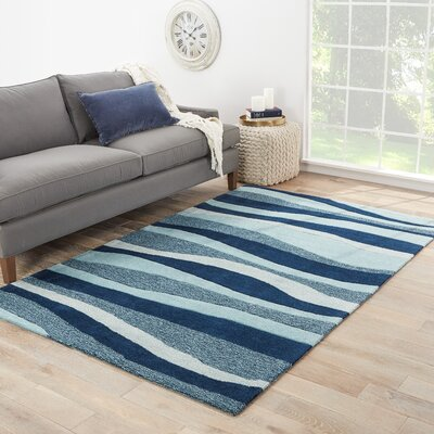 Margaret Hand-Tufted Blue/Ivory Area Rug Rug Size: Rectangle 5 x 76