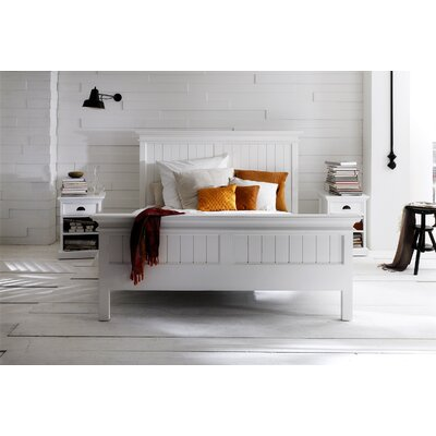 Amityville Platform Bed Size: Queen