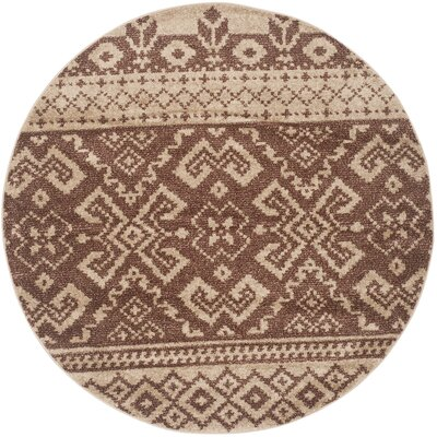 St. Ann Highlands Camel/Chocolate Area Rug Rug Size: Round 4