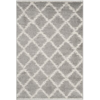 St. Ann Highlands Silver/Ivory Area Rug Rug Size: 4 x 6