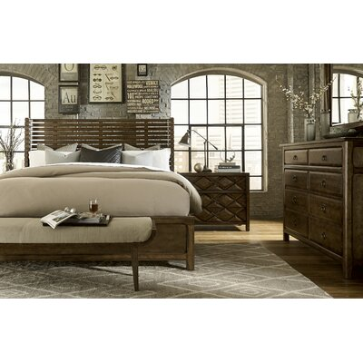 Segula Poster Customizable Bedroom Set