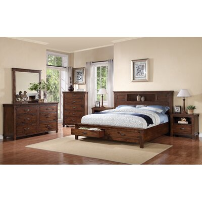 Camas Platform Customizable Bedroom Set