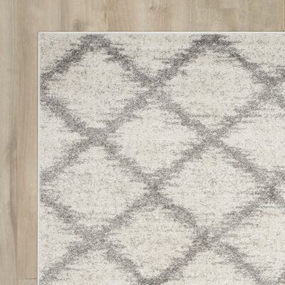 St. Ann Highlands Ivory/Silver Area Rug Rug Size: Rectangle 26 x 6