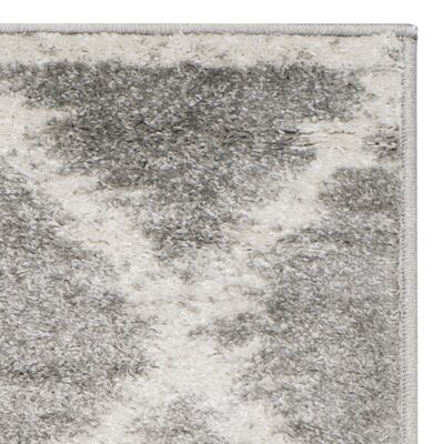 St. Ann Highlands Silver/Ivory Area Rug Rug Size: 3 x 5
