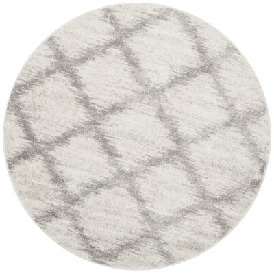 St. Ann Highlands Ivory/Silver Area Rug Rug Size: Round 6