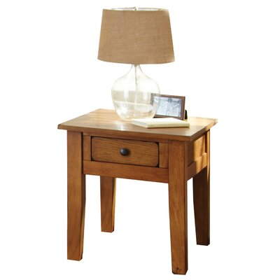 White Mountain End Table Color: Oak