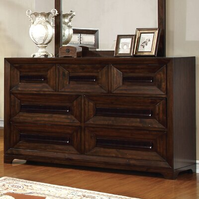 Vineland 7 Drawer Dresser