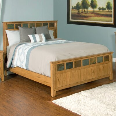 Framingham Platform Bed Size: King