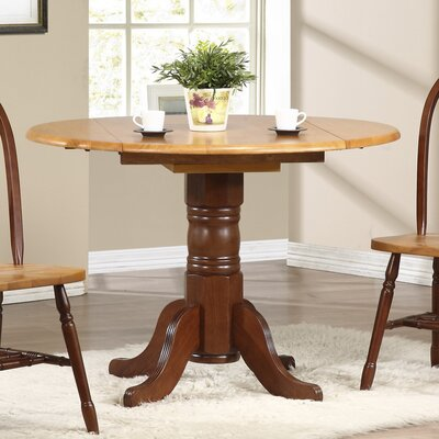 Banksville Extendable Dining Table Finish: Nutmeg Light Oak