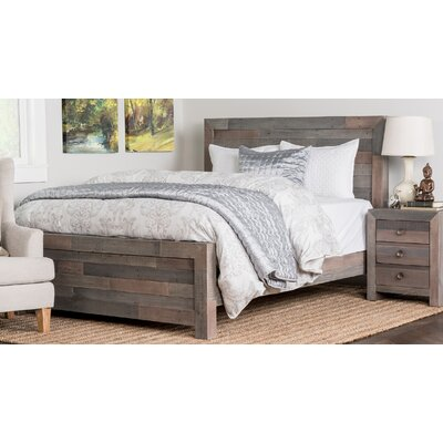 Norman Platform Bed Size: King