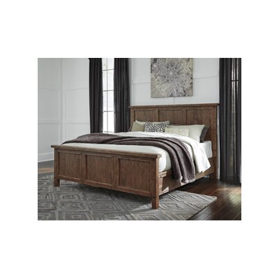 Saranac Queen Panel Customizable Bedroom Set